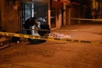 KARŞIYAKA - İzmir'deki Bıçaklı Kavgada 1 Kişi Öldü