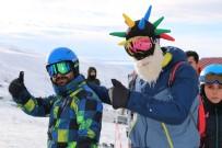 Kar Özlemi Kayak Merkezini Tatilcilerle Doldurdu