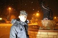 Oltu'da Kar Kalınlığı 10 Santimetreyi Aştı