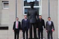 Akçakoca Belediyesi Önüne Atatürk Heykeli Dikildi