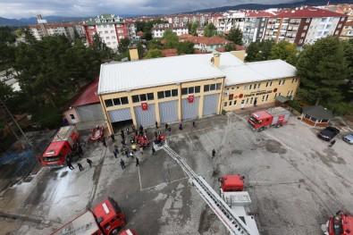 Bolu Belediyesi İtfaiye Müdürlüğü Ekipleri 12 Ayda 1286 Olaya Müdahale Etti