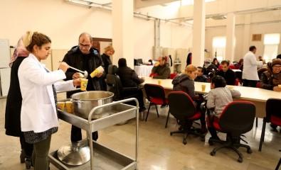 Büyükşehir Belediyesi'nden Engelli Kursiyerlere Çorba İkramı