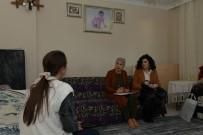 GÖRME ENGELLİ - Çiğli Belediyesinden Görme Engelli Vatandaşlara Ev Ziyareti