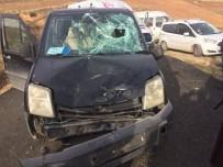 KAVAKLı - Gercüş'te Motosiklet İle Araç Çarpıştı Açıklaması 1 Yaralı