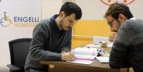 KOCAELI ÜNIVERSITESI - Gönüllü Öğrencilerden E-KPSS Kursiyerlerine Eğitim