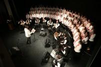 Halk Müziği Korosu Konseri