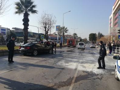 Kazaya Karışan Araçlardan Biri Alev Aldı Açıklaması 2 Yaralı