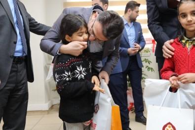Kızıltepe'de 6 Bin Öğrenciye Giyim Yardımı Yapıldı