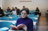 ÖĞRETIM GÖREVLISI - Onlarca Öğrenci Yetiştirdi, Şimdilerde İse Yeniden Öğrenci Oldu