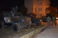 ÇEVİK KUVVET - Osmaniye'de Uyuşturucu Satıcılarına Şafak Baskını