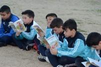 KİTAP OKUMA - (Özel) Antrenmandan Önce Yarım Saat Kitap Okuyorlar