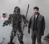 ROBOT - (Özel) Çocukken Kendi Oyuncaklarını Yaparak Başladığı El Becerisini Hobiye Dönüştürdü