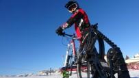 BİSİKLET - (Özel) Kayak Yaparken Bile Bisikletinden Vazgeçmedi