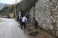 BÜYÜKDERE - Sapanca'da Yağmur Suyu Kanal Çalışmalarına Devam