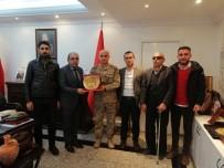 MUSTAFA BAŞOĞLU - Şehit Yakınlarından Diyarbakır Jandarma Bölge Komutanı Başoğlu'na Ziyaret