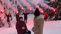 Uludağ'da Karlar Altında Meşaleli Muhteşem Evlilik Teklifi