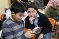 ZEYTİNBURNU BELEDİYESİ - 4 Lise Öğrencisinden Geri Dönüşümü Sevdirecek Yerli Oyun