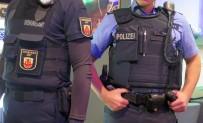 REN VESTFALYA - Almanya'da Türklere Ait Kafeye Saldırı Açıklaması 1 Yaralı