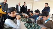 Dicle'de Satranç Turnuvası Düzenlendi