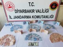Diyarbakır'da Bir Kişi, Üzerinde Sahte 50 Bin 550 Lira İle Yakalandı