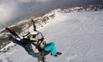 YAMAÇ PARAŞÜTÜ - Ergan Dağı Kayakçıların Ve Paraşütçülerin Vazgeçilmezi Haline Geldi