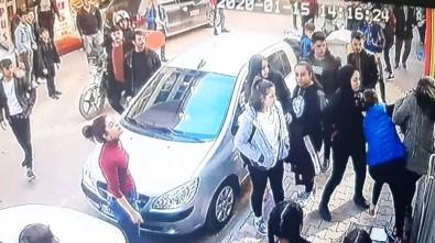 Genç Kızı Sokak Ortasında Öldüresiye Dövdüler