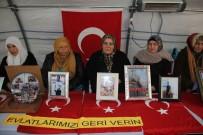 HDP Önündeki Ailelerin Evlat Nöbeti 135'İnci Gününde