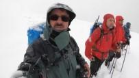 ULUDAĞ - (Özel) Yoğun Kar Ve Sisli Havada 18 Kilometre Yürüdüler