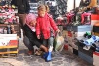 SUDAN - Şanlıurfa'da Lastik Çizmelere İlgi Devam Ediyor