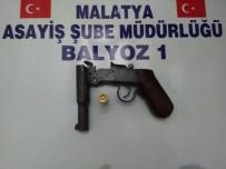 Uyuşturucu Ve Silahlar Ele Geçirildi