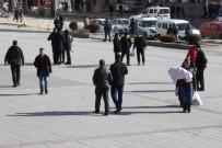 SU SIKINTISI - Yozgat'ta Vatandaşlar Kara Hasret Kaldı