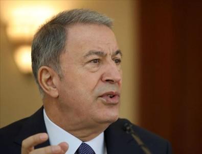 Akar, İran Savunma Bakanı ve Genelkurmay Başkanı ile telefonda görüştü