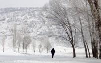 DOĞU KARADENIZ - Bayburt'ta Soğuk Hava Etkisini Artırdı