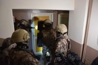 ÇEVİK KUVVET - Bursa'da Şafak Vakti Dev Uyuşturucu Operasyonu...