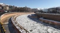 ÇORUH - Çoruh Nehri Buz Tuttu