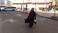 HDP Önündeki Oturma Eylemine Bir Aile Daha Katıldı