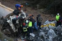 Kazada Sıkışan Kamyon Sürücüsü Hayatını Kaybetti