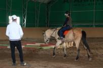 ÇUKURAMBAR - Kış Günü Pony Keyfi
