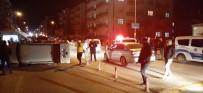 HITIT ÜNIVERSITESI - Ticari Araç Ve Otomobil Çarpıştı Açıklaması 5 Yaralı