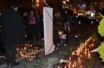 Uçak Kazasında Hayatını Kaybedenler İçin Çiçek Bıraktılar