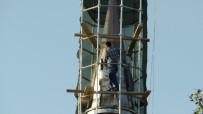 ONARIM ÇALIŞMASI - 30 Metrelik Minarenin Tepesinde Tehlikeli Çalışma