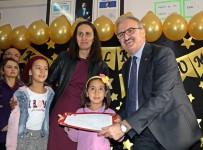 Antalya'da 475 Bin 412 Öğrenci Karne Heyecanı Yaşadı