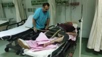 112 ACİL SERVİS - Bacağına Saplanan Korkuluk Demiriyle Hastaneye Kaldırıldı