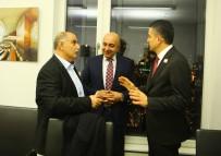 BEKIR PAKDEMIRLI - Bakan Pakdemirli, Berlin'de Türk İşadamlarıyla Bir Araya Geldi