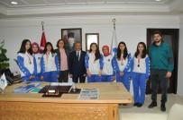 AKŞEHİR BELEDİYESİ - Başarılı Sporculardan Başkan Akkaya'ya Ziyaret