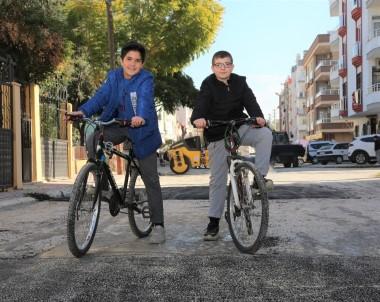 Bisiklet Tutkunları, Yolların Yenilenmesinden Memnun