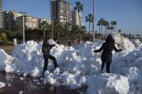 Büyükşehir Belediyesinden Mersinlilere Kar Sürprizi