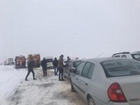 Darende'de Kar Etkili Oluyor