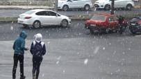 YAĞAN - Diyarbakır'a Mevsimin İlk Karı Yağdı