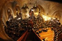 CUMA NAMAZI - Erzurum'un 487 Yıllık Geleneği 'Bin Bir Hatim' Duası İçin Eller Semaya Açıldı